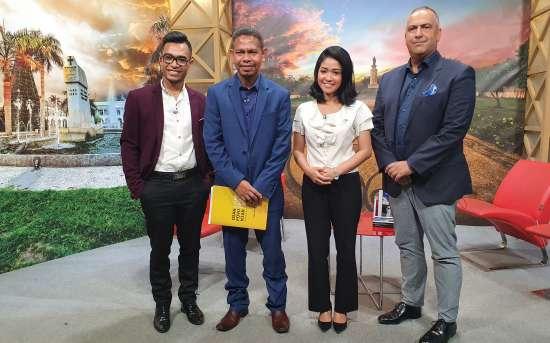 """Programa """"Dader Kmanek"""" da GMN TV dedicado ao Programa de Apoio aos Jornalistas e Jovens Jornalistas"""